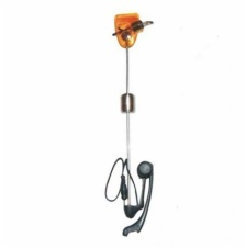 Illuminated swinger hanger indicator for carp fishing